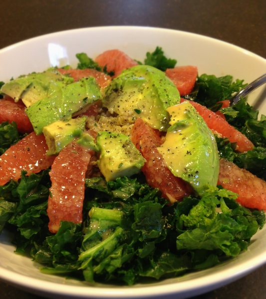 Kale salad with Avocado & Grapefruit
